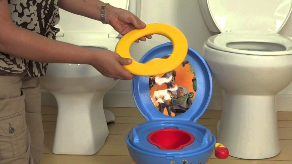 Potty chair features